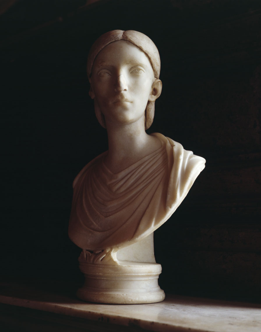 Bust-Rome